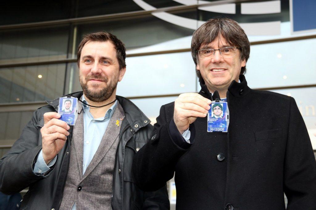 Puigdemont i Comín acreditats com a eurodiputats